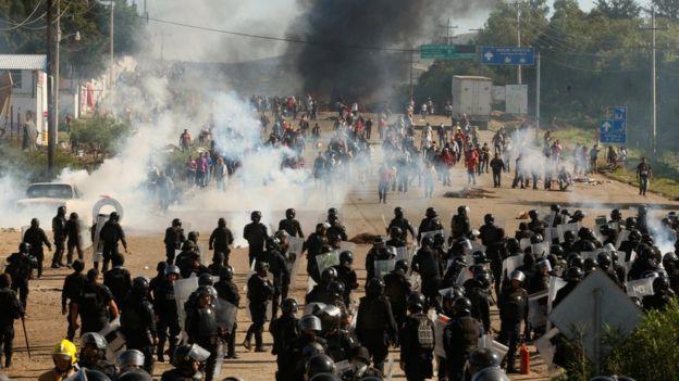 Al menos 6 personas murieron y 45 resultaron heridas en los enfrentamientos en Nochixtlán.