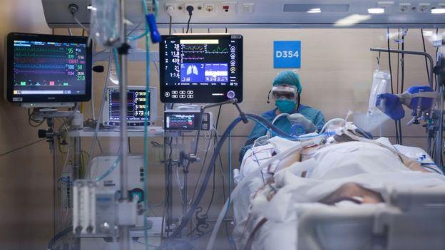 Госпиталь в Барселоне