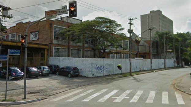 Visão do Google Street View, em 2011, de terreno na rua Dr. Haberbeck Brandão, em São Paulo