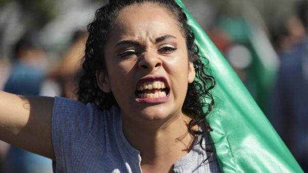 Mujer enfadada.
