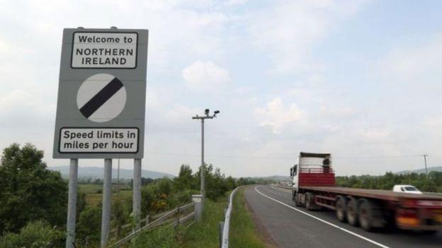 İrlanda Cumhuriyeti-Kuzey İrlanda sınırı