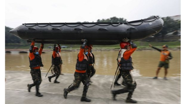 Equipes de resgate se preparam para chegada de furacão na região das Filipinas