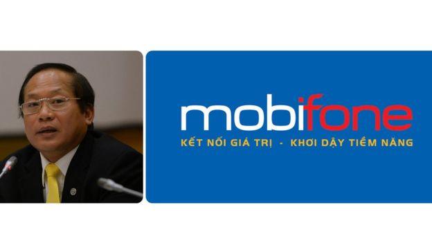 Bộ trưởng Thông tin - Truyền thông Trương Minh Tuấn công bố quyết định điều chuyển ở Mobifone