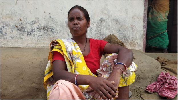 महिला ग्रामीण थुमैर देवी