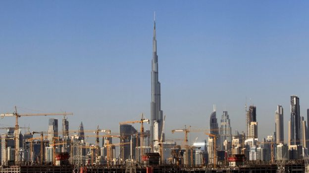 Skyscrapers and cranes in Dubai (December 2018)