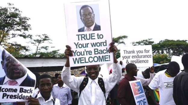 Crowds welcome Emmerson Mnangagwa