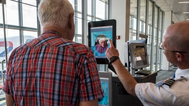 Dulles Airport facial scanners