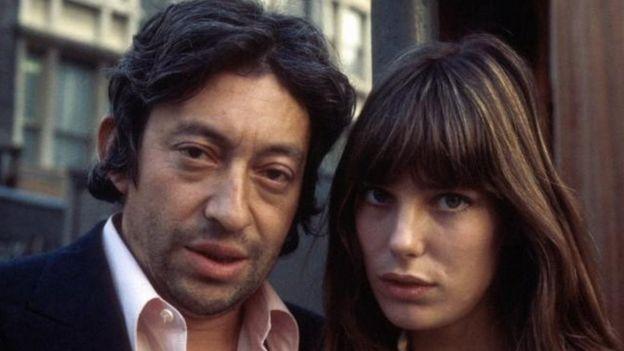 1971年,珍·柏金與著名的法國文化名人賽日·甘斯布(Serge Gainsbourg )。