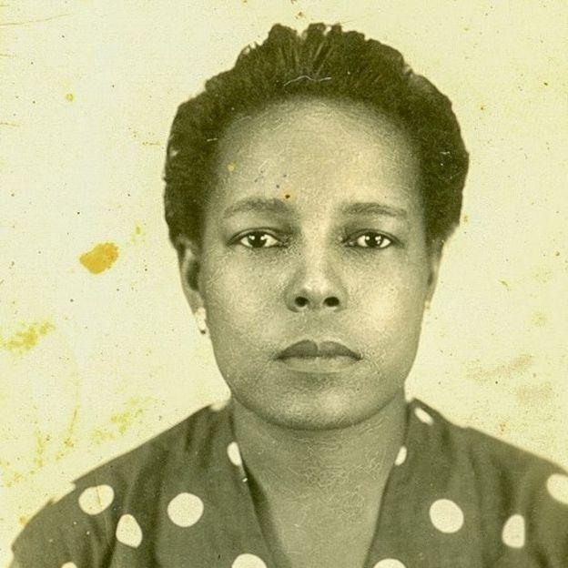 Tia Maria do Jongo em foto 3x4 tirada em 1958, quando tinha 38 anos