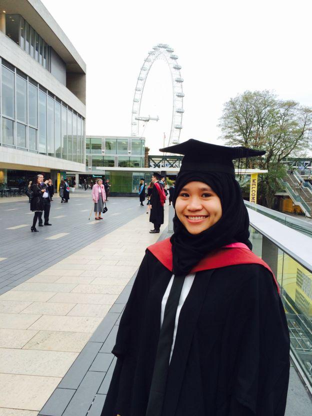 Mây trong lễ tốt nghiệp thạc sỹ năm 2015