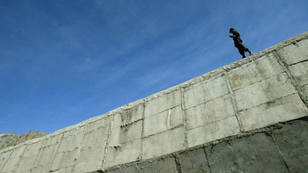 سرحدی دیوار