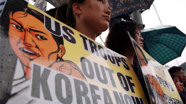 Protesto contra a presença de tropas americanas na Coreia do Sul