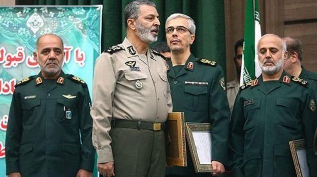 از راست غلامعلی رشید (فرمانده جدید قرارگاه خاتم) محمد باقری (رئیس ستادکل) عبدالرحیم موسوی (جانشین رئیس ستاد کل) و علی عبداللهی (معاون هماهنگ کننده ستاد)