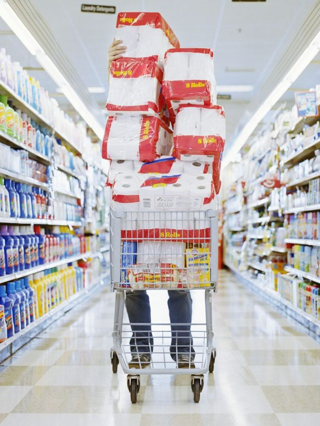 超市中琳琅满目的食品,总有打动人心的促销和大甩卖。