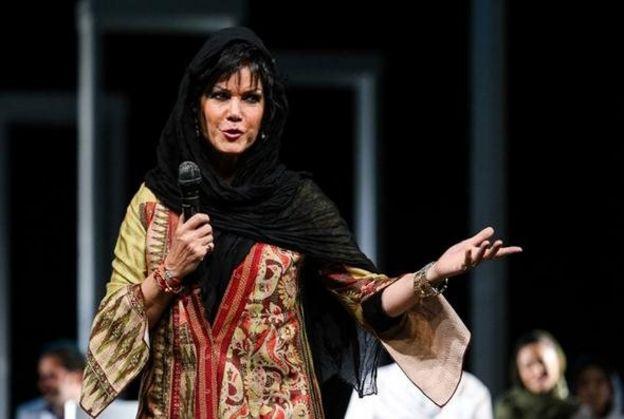 در اوایل دهه هفتاد شمسی فرزانه کابلی به خاطر انتشار فیلم رقصش زندانی شد