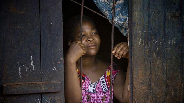 Mujer camerunesa