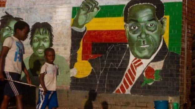 Mugabe afatwa nk'intwari yaharaniye ubwigenge bwa Zimbabwe