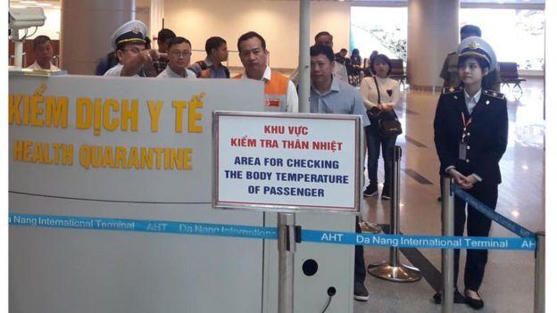 KIểm dịch y tế tại Sân bay Đà Nẵng