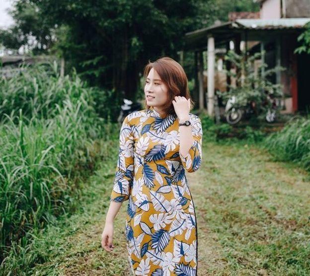 Phan thị Thùy Tiên, cựu du học sinh ở Thái, hiện đang làm việc tại phòng nhân viên của Assumption University