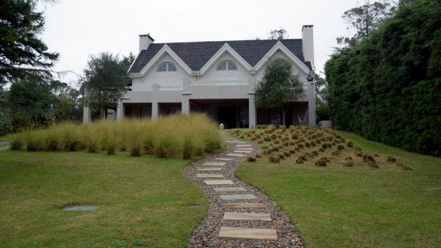 A residência de Morabito no Uruguai
