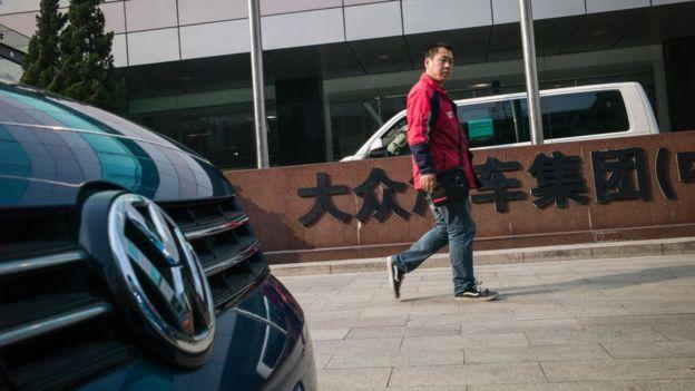 VW recalls 1 8 million cars in China - BBC News