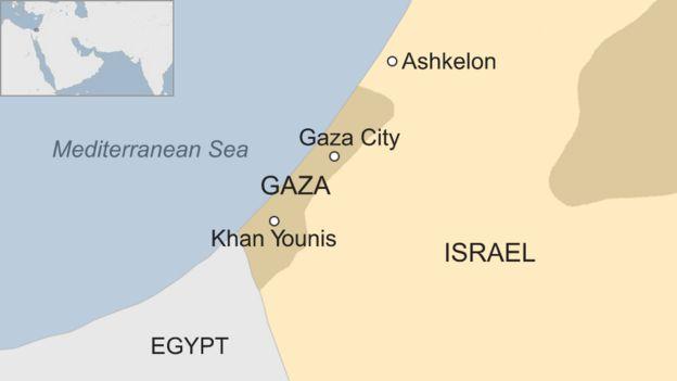 Israel Gaza: Four Israeli solrs injured in border blast ... on jerusalem to gaza map, israel west bank map, west bank and gaza map, 2014 israel map, gaza strip map, israel gaza strip,