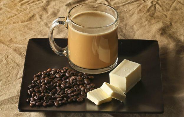 قهوة بوليتبروف تتضمن إضافة الزبدة إلى مشروبك