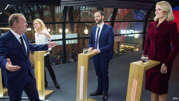 Mr Rasmussen (L) joined Helle Thorning-Schmidt in a televised debate (17 June)