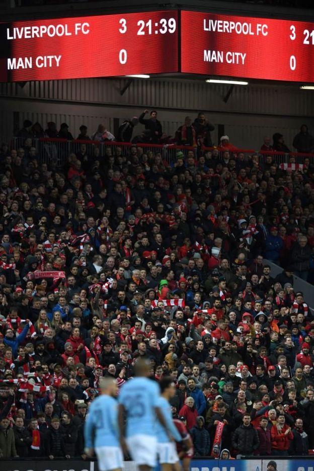 Marcador en el estadio de Anfield