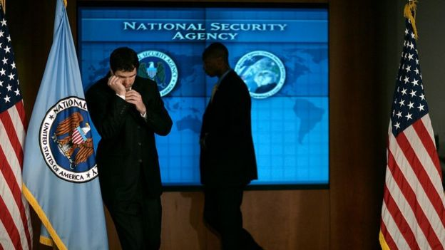 • سازمانهای جاسوسی آمریکا، مثل آژانس امنیت ملی، تهدید کردهاند که تبادل اطلاعات با همپیمانان خود را متوقف میکنند