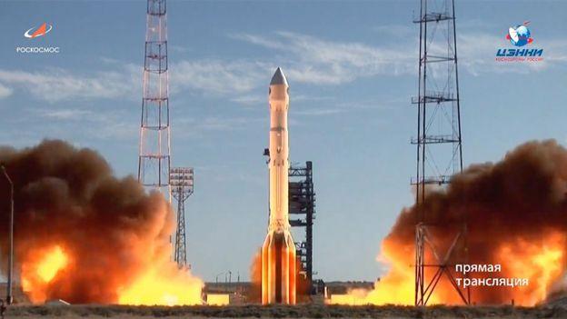 Lanzamiento del cohete Protón