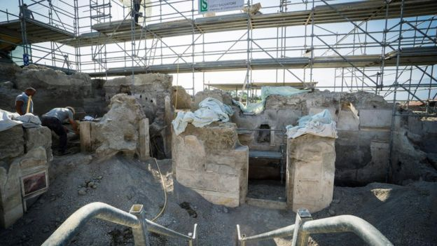 Escavações arqueológicas em Pompeia
