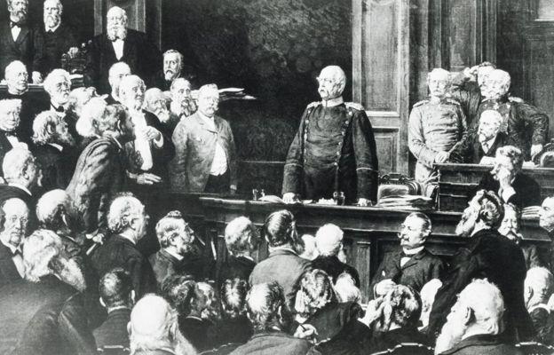 1888年2月,俾斯麥在德國國會發表講話。同一年,德皇威廉二世即位。