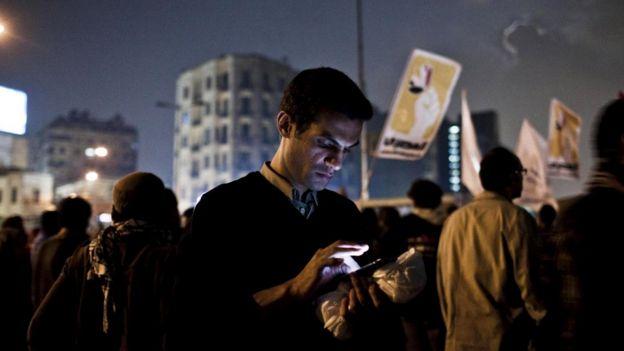 """Египет отключал интернет во время событий """"арабской весны"""" 2011 года, чтобы осложнить протестующим координацию действий"""