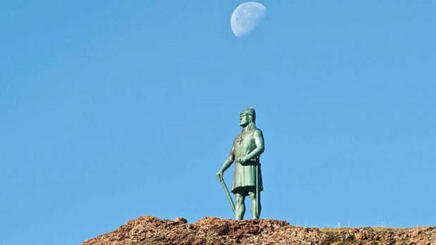 Estatua del vikingo Leif Ericson en Groenlandia