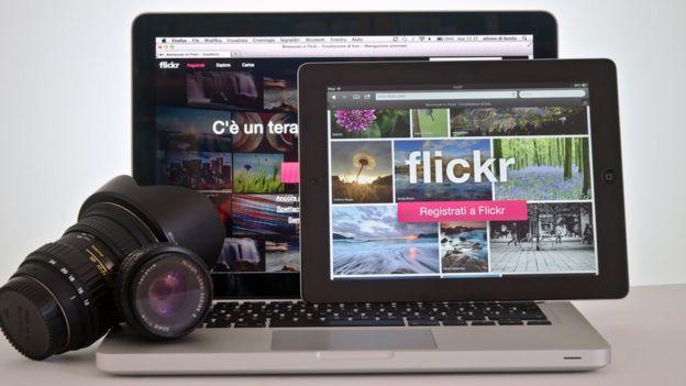 Computadora, cámara y tablet.