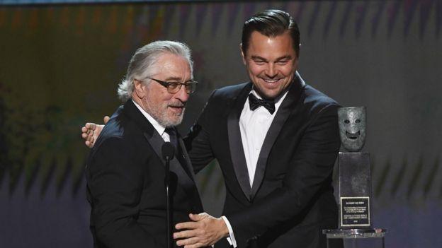 Robert de Niro y Leonardo DiCaprio en los premios SAG