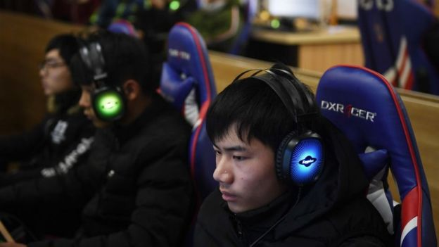 Videojugadores en un evento en Hong Kong.