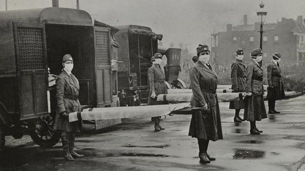 Funcionários de saúde em St. Louis em 1918