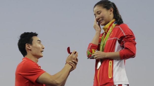 Qin Kai proposes to He Zi
