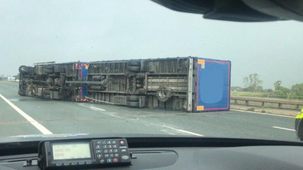 an overturned lorry