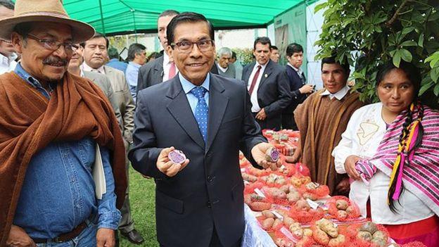 El ministro de Agricultura y Riego, José Manuel Hernández,