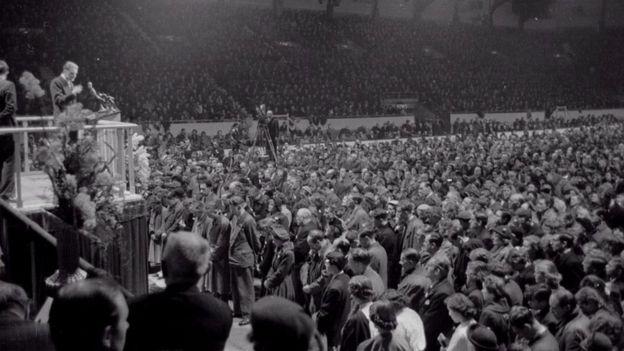 In Honour Of Billy Graham - Joy! Digital