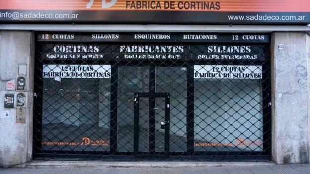 Tienda cerrada en Argentina