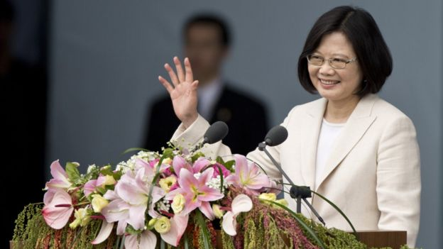 Taiwan President Tsai Ing-wen waves to the crowd on May 20, 2016 in Taipei, Taiwan. Taiwan's new president Tsai Ing-wen took oath of office on May 20 after a landslide election victory on January 16, 2016. (Photo by Ashley Pon/Getty Images)