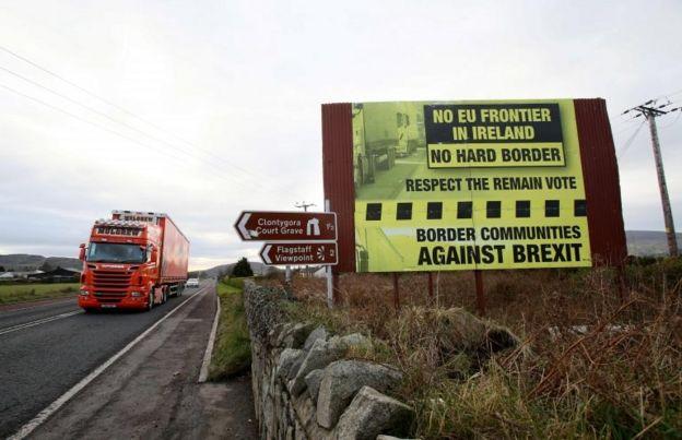 Kuzey İrlanda-İrlanda sınırı