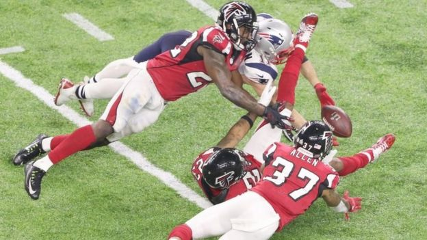 New England Patriots (in white) against Atlanta Falcons in Super Bowl. Photo: 5 February 2017