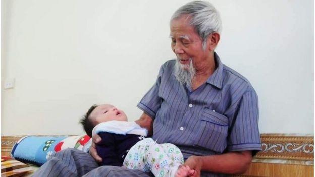 Cụ Lê Đình Kình những ngày bình yên bên con cháu ở thôn Hoành, Đồng Tâm, Hà Nội