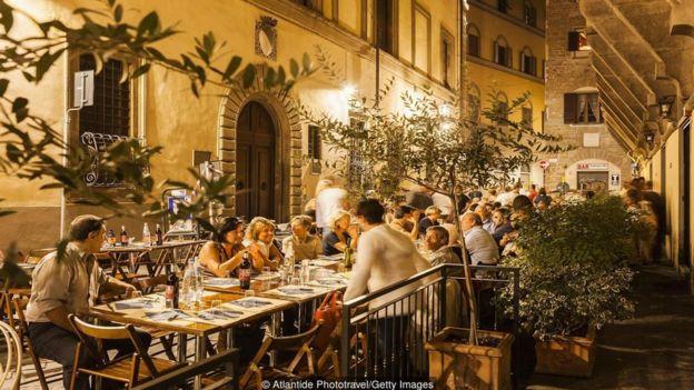 Các chuyên gia nói rằng 'giai điệu' của tiếng Ý khiến nó trở nên hấp dẫn.