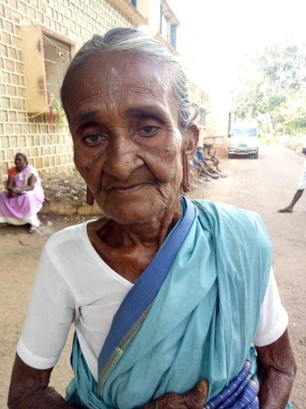79 வயதாகும் மூதாட்டி வீரம்மாள் அழகப்பன்